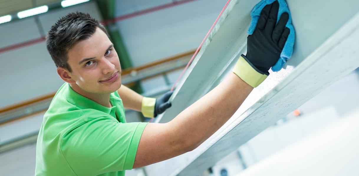 Job/Beruf und Ausbildung in Paderborn Gebäudereinigung